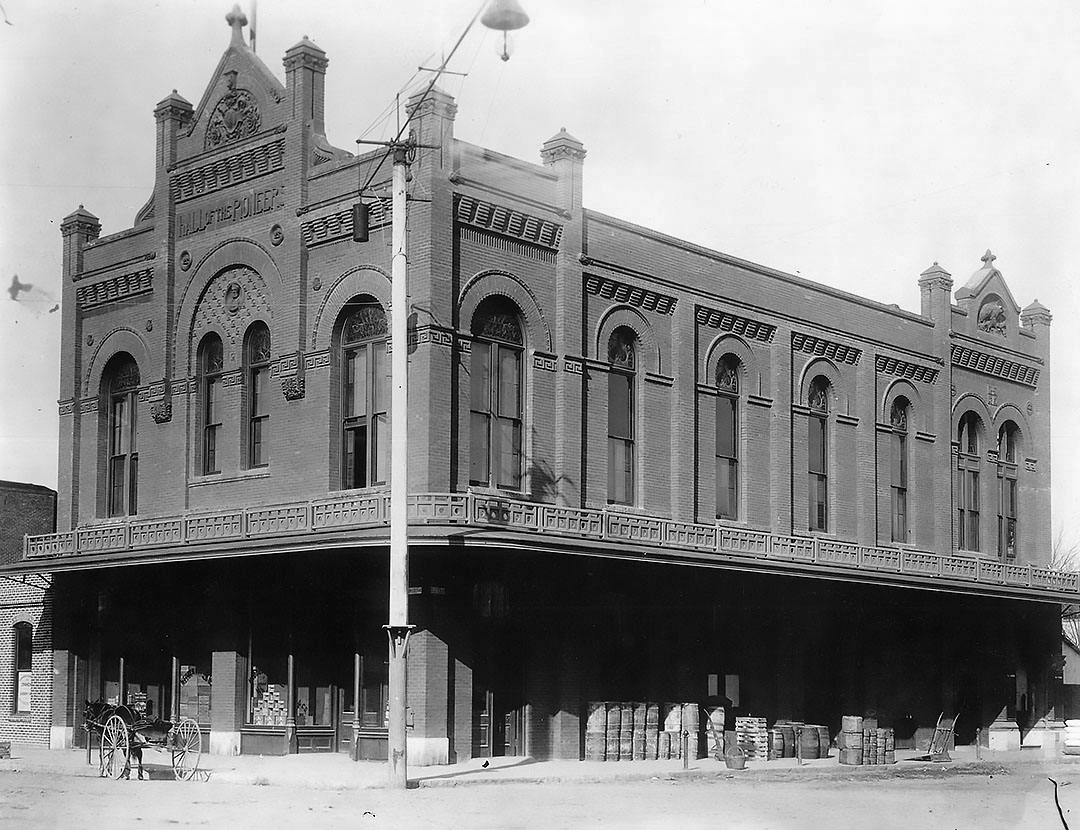 The San Joaquin Society of California Pioneers stored their collections and held their meetings on the second floor of their Hall of the Pioneers and the Hedges & Buck grocery store occupied its ground floor.